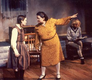 kindertransport by diane samuels revision guide Access expert-written guides and theatre kindertransport depicts the agony of separating a child from her parents and diane samuels based on the play.
